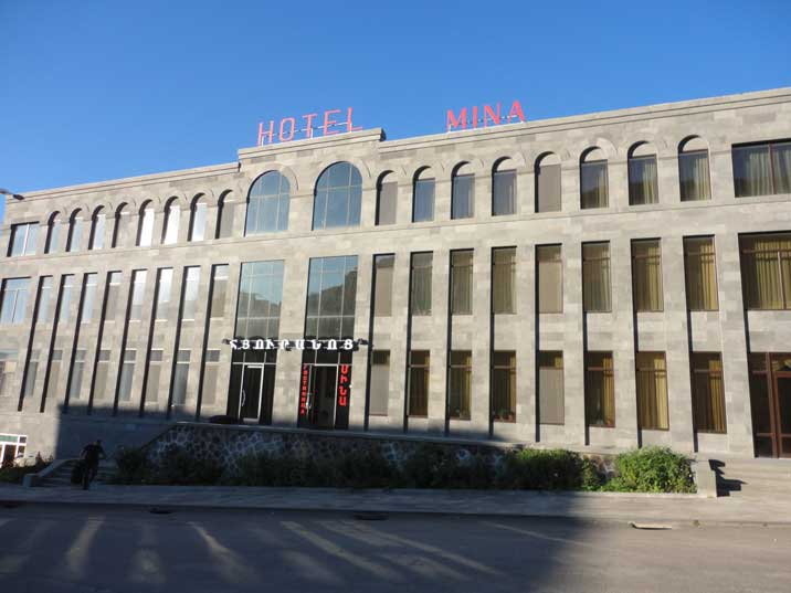 Hotel Mina is a recently constructed Hotel in Goris, so no characteristic Soviet 1980s atmosphere here
