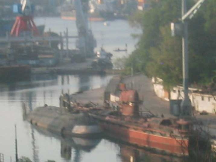 Ukrainian Foxtrot submarine Zaporizhzhia waiting to be scrapped