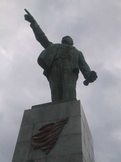 Lenin still shows the people the path forward Sevastopol