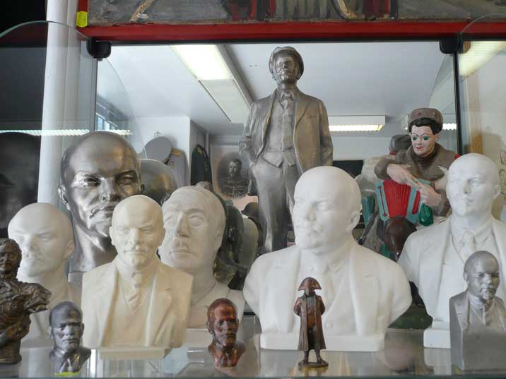 Various Lenin busts for sale in the Tallinn antique shop