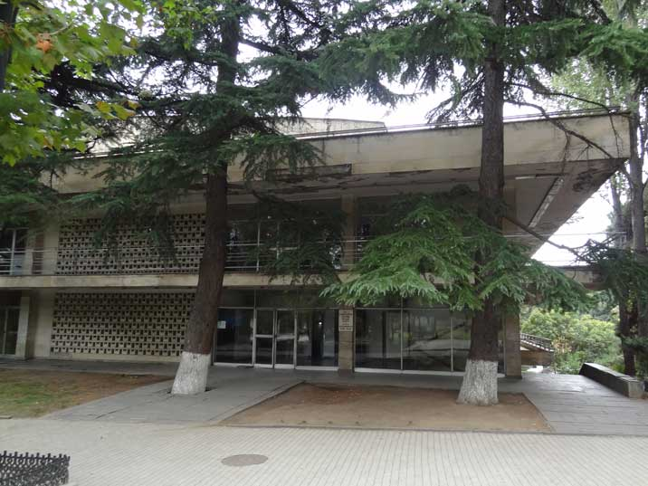 Many Soviet cities had a Chess Palace, this one in Tbilisi was build in 1976 by architect Vladimir Meskhishvili