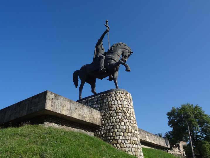 Statue of Erekle II, King of Kakheti, the last Georgian king from 1744 to 1798 until the country felt to the Persians