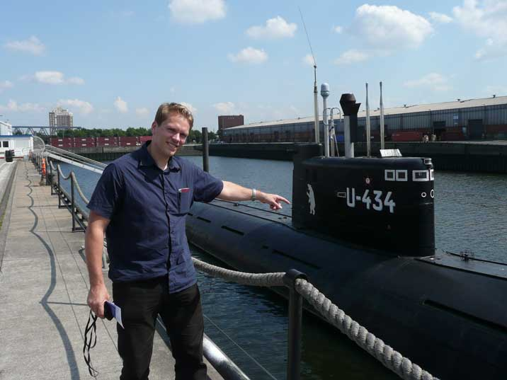 Comtourist editor happy to visit the B-515 Submarine in Hamburg