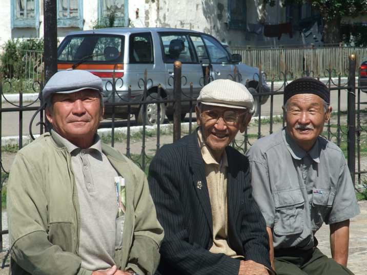 Senior citizens enjoying the summer weather in Karkaralinsk