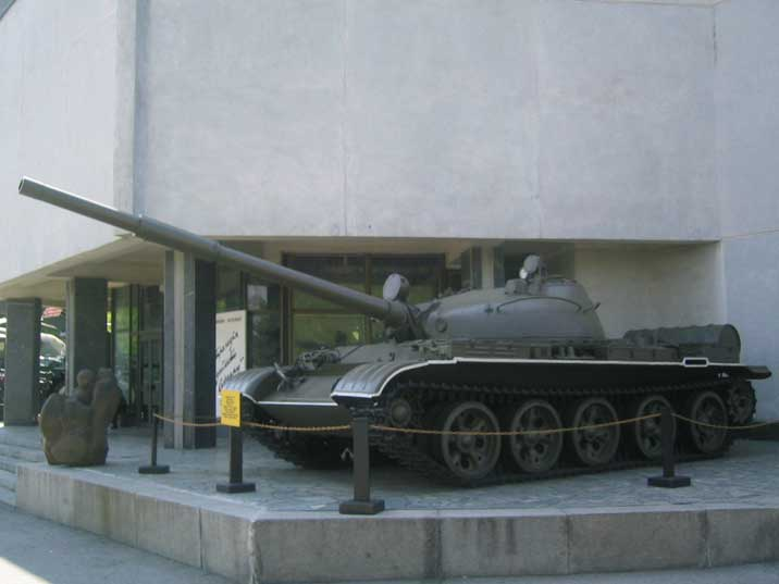 T-62 tank at the entrance of the Museum of the Great Patriotic War
