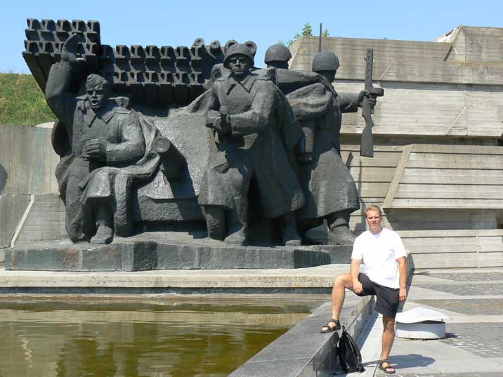 Sculpture of a Katyusha rocket launcher with red army soldiers