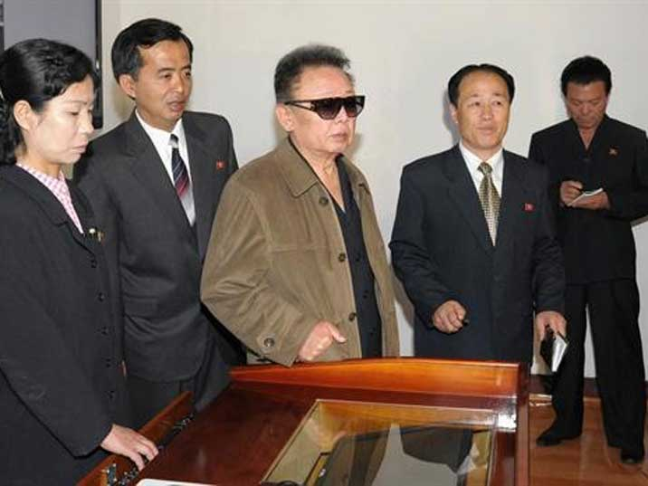 Kim Jong Il visits the Hamhung chemical industry university