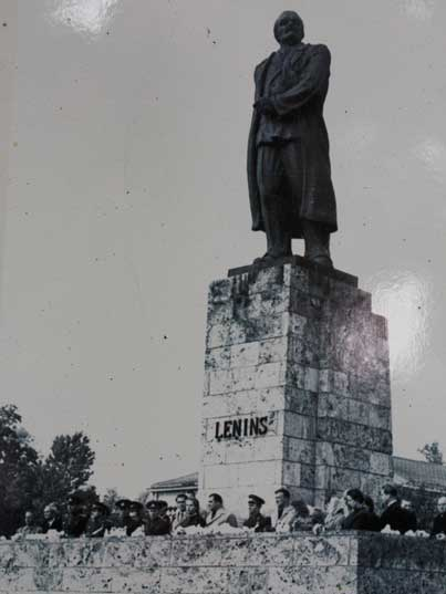 20th anniversary of Cesis liberation in 1964 near the Lenin statue