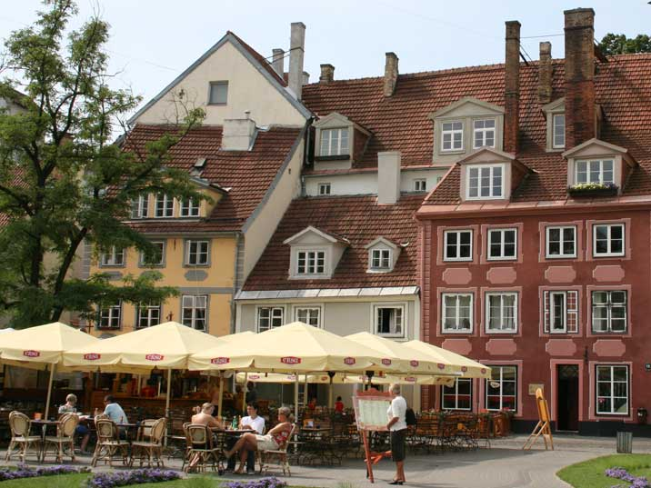 Restaurant terrace in the picturesque city centre of Riga