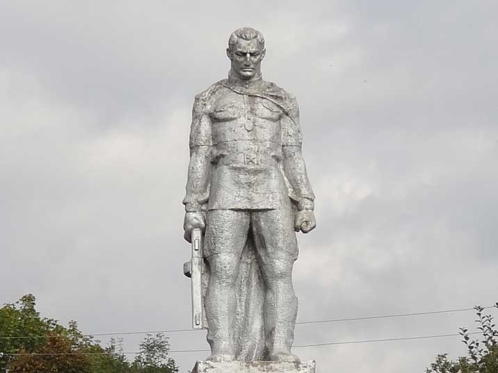 Soviet era World War II memorial in the town of Vank depicting a Red Army infantry soldier with a machine gun