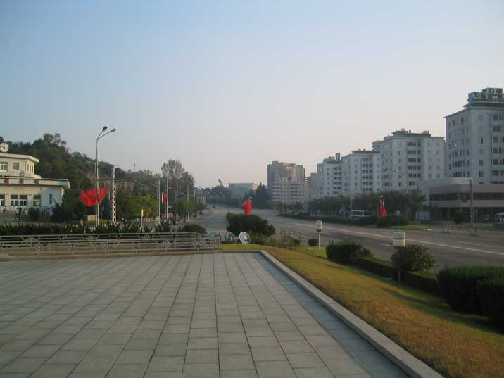 Chilsongmun street with the Kaesong Metro Station on the left