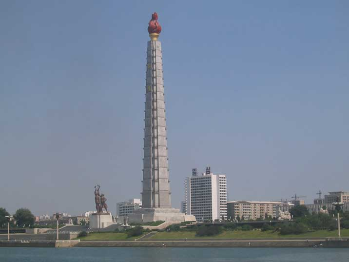 The Juche Tower in Pyongyang photographed from the Taedong river