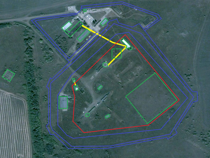 Map of the Pervomaysk missile base showing the buildings, ULCC, missile silo and security fences