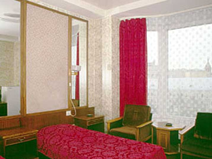 1950s communist style interior of a room in Hotel Russia