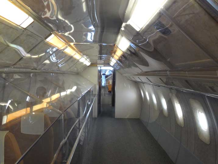 Middle cabin of the Tu-144 that would probably be for business class passengers