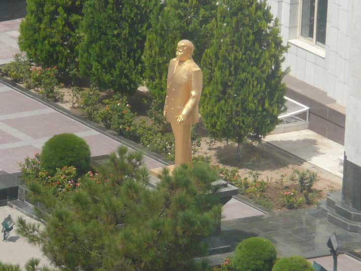 Familiar golden Turkmenbasy statue seen somewhere in Ashgabat