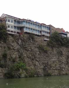 One of the most famous landmarks of Tbilisi; traditional houses on the elevated banks of the Mtkvari River