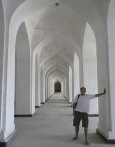 Beautiful white corridors Inside the 16th century Kalon Mosque