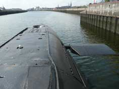 Front rudder on the bow of the B-515 Tango class submarine