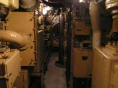 Periscope visible in the middle of the battery room of the B-515