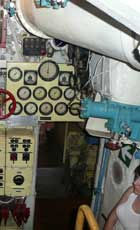 Many instruments to control the three diesel engines of the B-413
