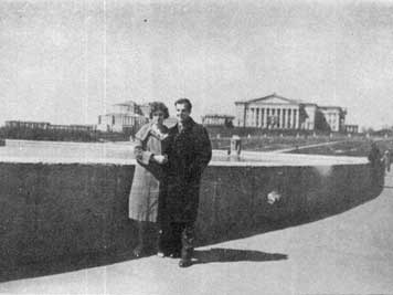 Lee Harvey Oswald and his wife near the Svislach river in Minsk