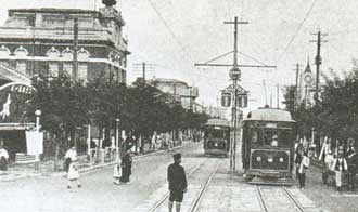 Trams in Pyongyang before it was destroyed during the Korean war