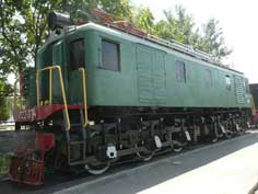 VL22M from 1950, this model was the first electric Locomotive produced in large numbers by the Soviet Union, VL stands for Vladimir Lenin