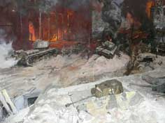 Battle for Berlin Diorama with Soviet tanks near the Reichstag