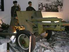 Soviet World War II 76 mm divisional field gun M1942 (ZiS-3)